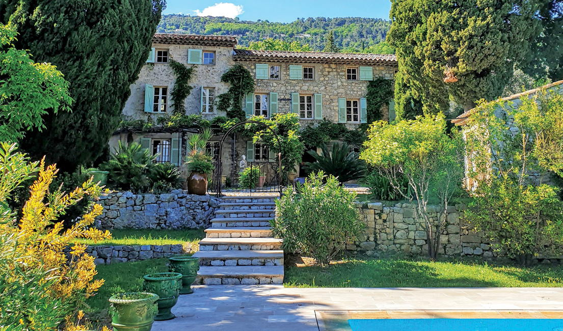 French Riviera Magnificence. Outbuildings. Gardens. Heated Pool.
